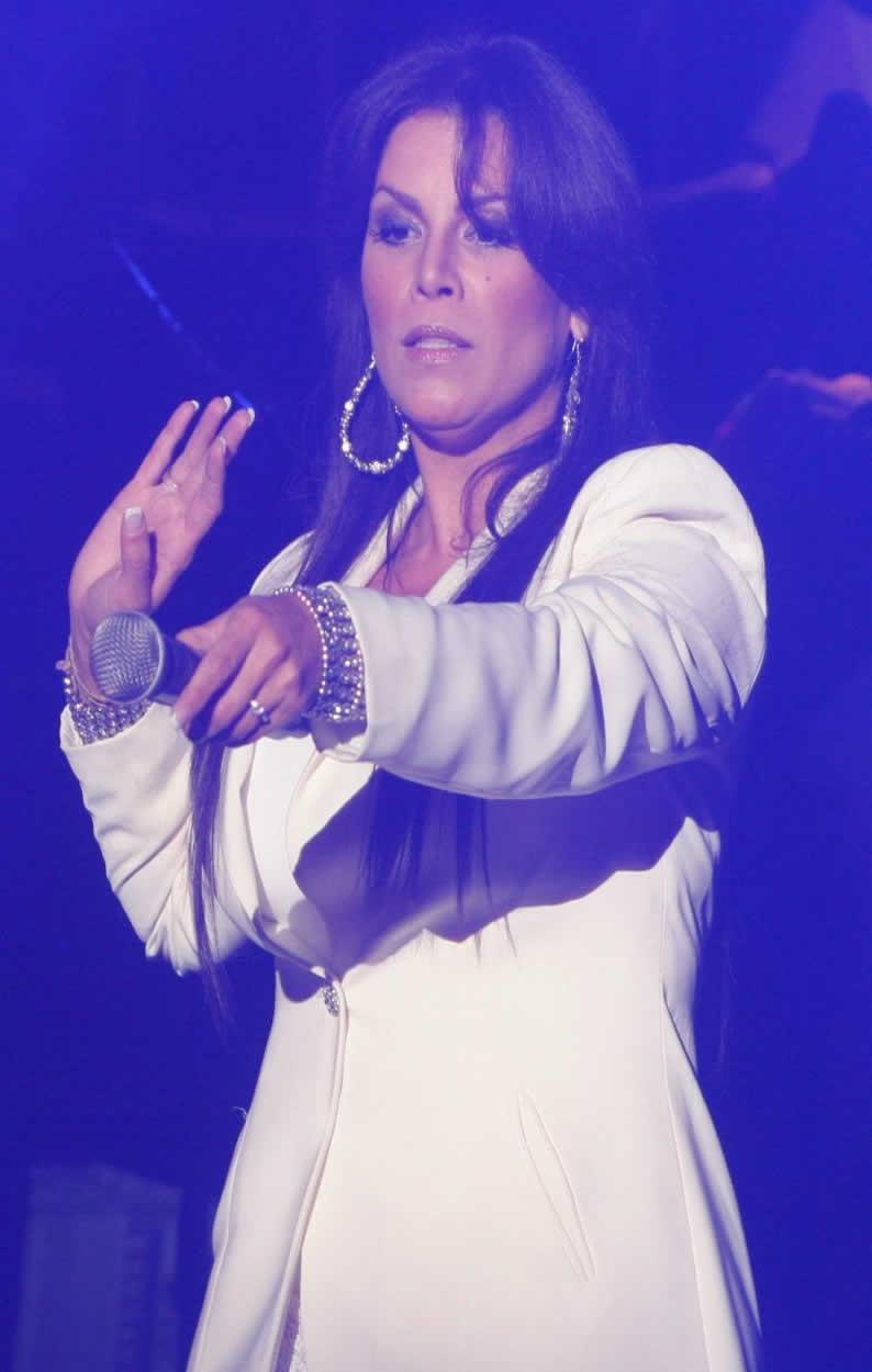 Olga Tañón Y Daddy Yankee , Obviamente, Se Marchó En Medio De La