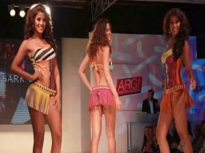 Débora Bello , Argentina Late Moda , Cindy Mejía , Giuliana Zevallos , María Goroff , Videos de Espectáculos